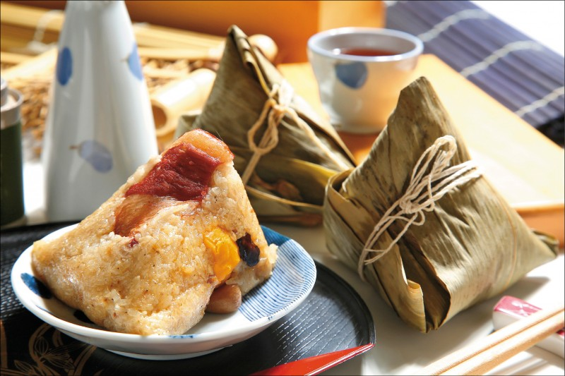 亞緻餐飲 天香樓東坡肉粽/690元(共5粒,宅配價)。(記者沈昱嘉/攝影)
