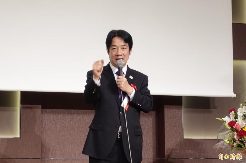 前行政院長賴清德在東京演講時,針對中國加強媒體統戰一事表示,媒體若威脅國家就要處理。(記者林翠儀攝)