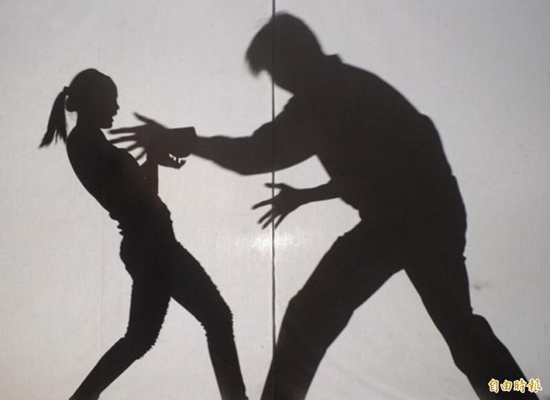 彰化一名少女遭導師性侵,導師否認涉案。(情境圖)