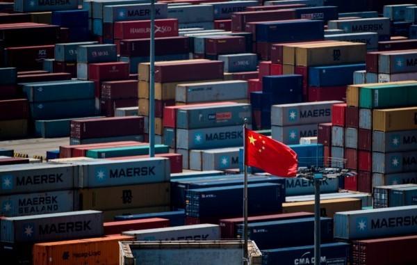 美中貿易戰升級,中國官媒嗆美國「中國出口到美國的產品利潤原本就不高」。(資料照,法新社)