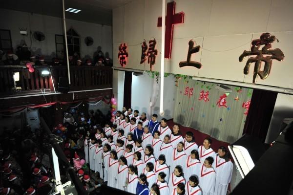 中國安排「假信徒」深入宗教團體傳遞資訊,以掌握宗教團體的情形。圖為中國基督教活動示意圖,與本新聞無關。(法新社)