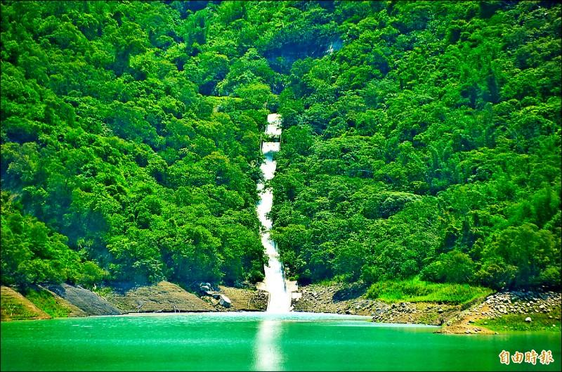 甲仙攔河堰越域引水,已為南化水庫挹注逾2千萬立方米。(記者吳俊鋒攝)