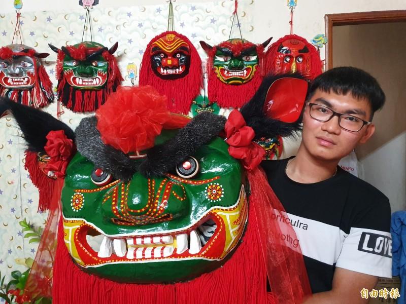傳承台灣獅文化 高一生變「獅頭達人」