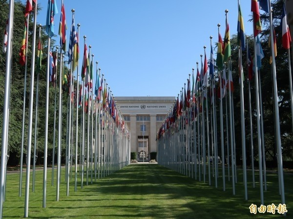 世衛大會將於今天在瑞士日內瓦正式登場,14友邦為我提案邀請台灣參與。圖為聯合國歐洲總部,亦是世衛大會會場。(資料照,記者呂伊萱攝)