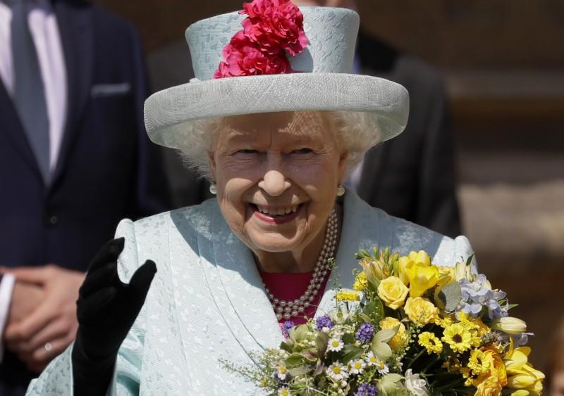英國女王公開徵選「小編」,皇室開出至少3萬英鎊的年薪,延攬人才。(美聯社)