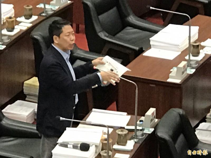 韓國瑜抱怨中央卡韓 盼給高雄多點機會