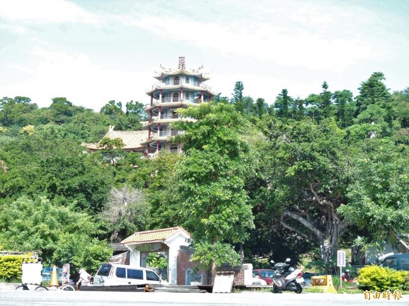台東市鯉魚山是民眾休閒踏青好去處。(記者張存薇攝)