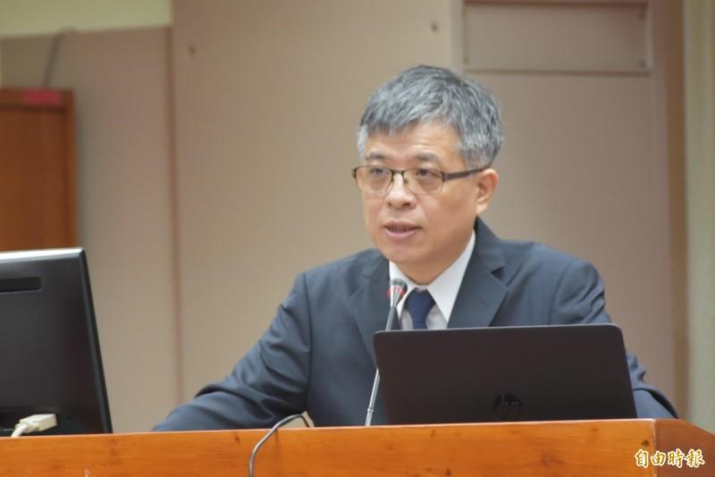 教育部次長劉孟奇赴立法院報告今年大學考試及招生的相關調查與分析。(記者吳柏軒攝)