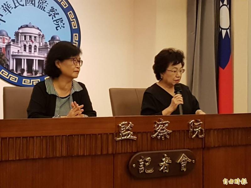監察委員江綺雯(右起)、仉桂美提出調查報告糾正外交部;有7名監委持不同意見。(記者謝君臨攝)