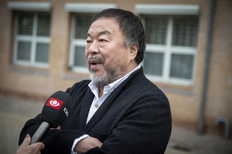 原本20日將在瑞典舉行的聯合國人權峰會,由於將展示中國異議人士艾未未(圖中)及達賴喇嘛的相片,遭受中國打壓,被迫延期。(歐新社)