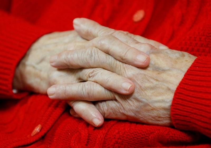法國一處療養院的102歲的老太太,竟殺害同院92歲病友。示意圖。(路透)