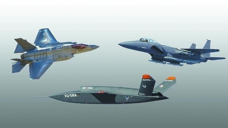 五角大廈樓規劃讓F-35(左上)、F-15EX(右上)與「女武神」無人機(下)混編作戰。(擷取自美國克雷托斯防務與安全公司官網)