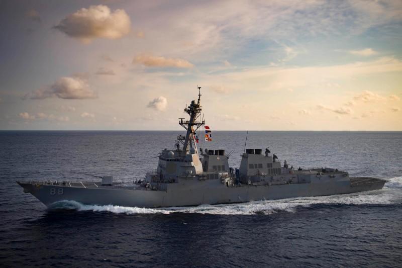 曾多次航經南海、台灣海峽,美軍伯克級驅逐艦「普瑞布爾號」將成為首艘裝備「太陽神」高能雷射武器的船隻。(路透)