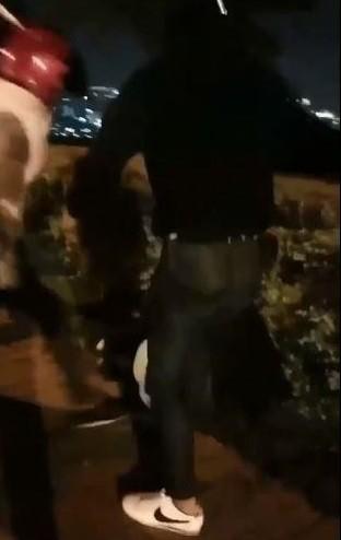 少年在虎頭山公園內被毆打。(取自網路)