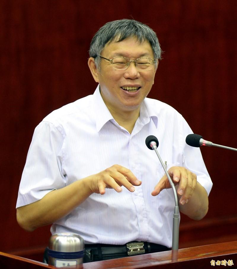 明天是64天安門屠殺30週年紀念日,中國國務委員兼國防部長魏鳳和卻說,這是正確的決定,台北市長柯文哲表示,這是近代史悲劇,怎麼搞成這樣,但「以我角度認為,我們不要去理他就好」。(記者林正堃攝)