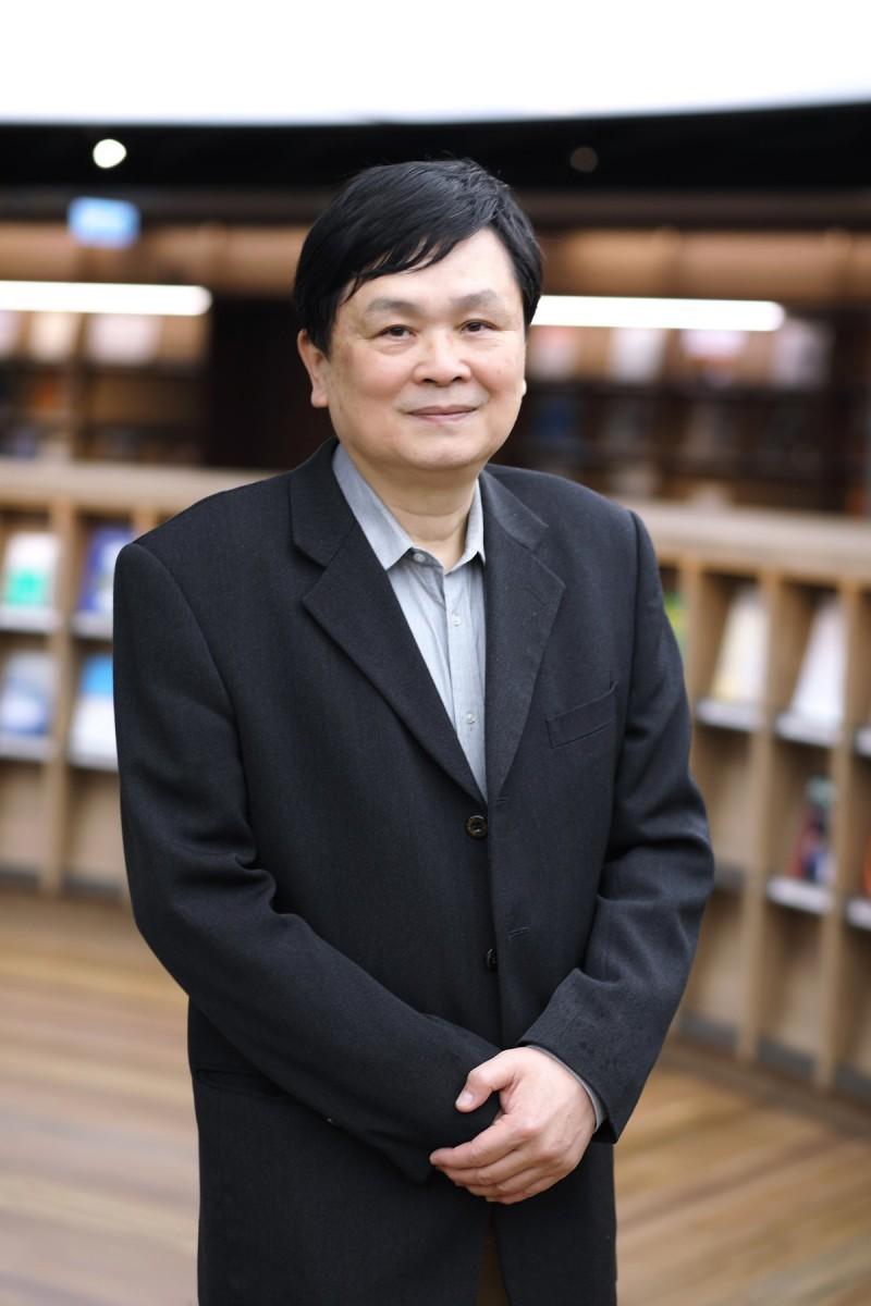 交大校務會議今票選出副校長陳信宏8月1日起代理校長,他是美國德州理工大學電機博士,曾兩度獲科技部傑出研究獎,也是交大的講座教授。(照片由交大提供)