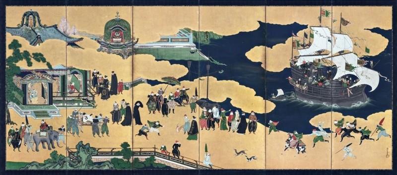 故宮南院於今日開放「交融之美-神戶市立博物館精品展」,共逾180件展示品參展,呈現日本16至19世紀的多元文化樣貌。圖為日本重要文化財──南蠻屏風。(圖擷取自故宮博物院網站)