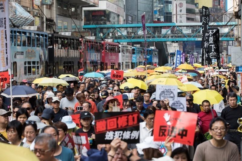 香港政府執意修訂極具爭議的《逃犯條例》,引起港人大反彈。(歐新社)
