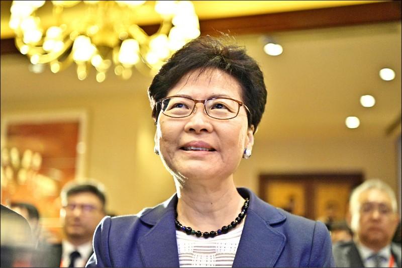 香港特首林鄭月娥十日重申,不會撤回逃犯條例修訂案,也不會因為港人反對修訂條例而下台。 (法新社)