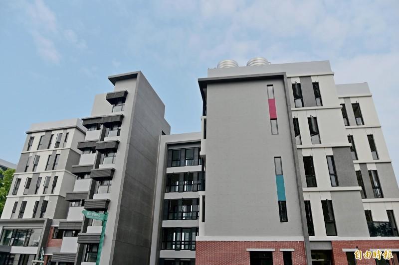 國立屏東大學以3.2億打造全新宿舍。(記者邱芷柔攝)