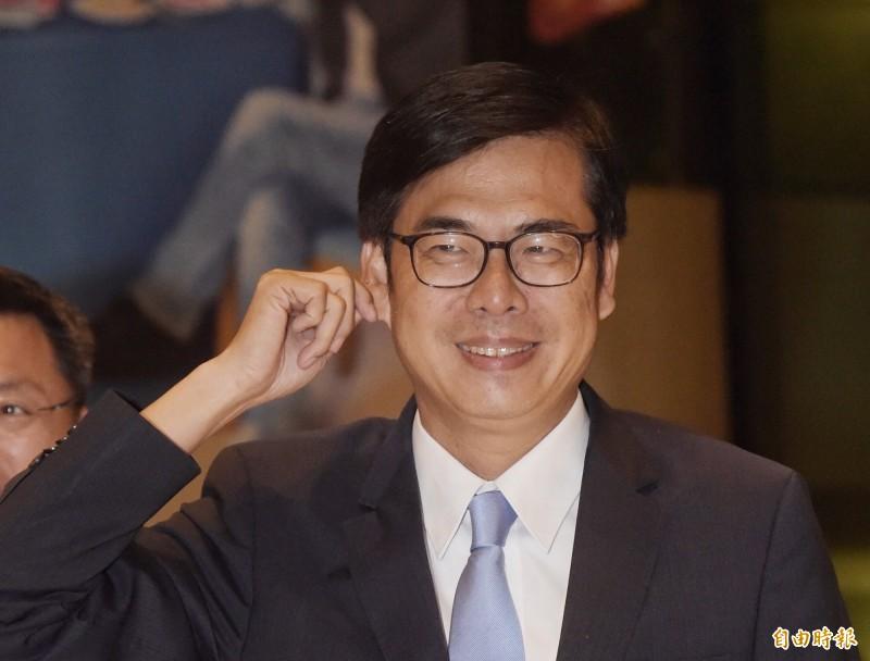 行政院副院長陳其邁今晚在臉書分享香港樂團Beyond的「海闊天空」一曲,用歌曲聲援此刻正在香港立法會抗議送中條例的香港朋友,祝大家「今晚加油、一切平安」。(資料照)
