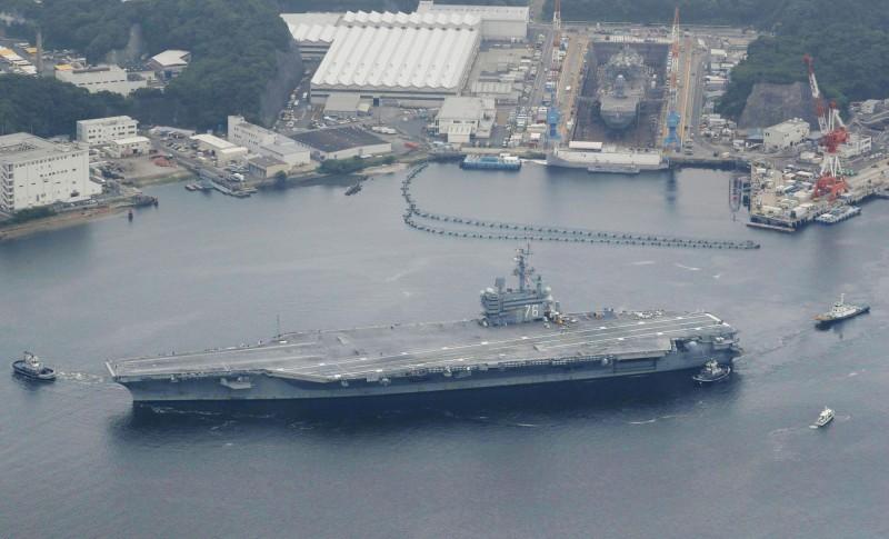 雷根號航母是進入21世紀以後美國第一艘成軍的航空母艦。(圖路透社)