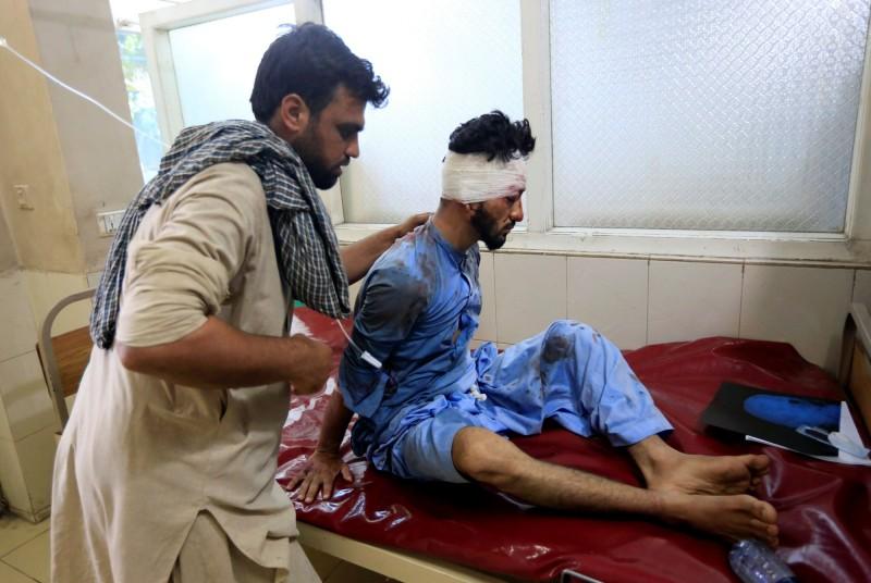 阿富汗東部城市賈拉拉巴德(Jalalabad)13日發生自殺炸彈攻擊,造成至少9人死亡,多人受傷。(路透)