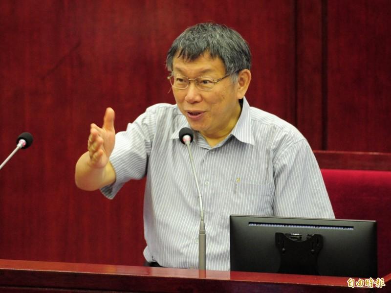 台北市長柯文哲(見圖)今天在答詢時重申「兩岸一家親」是「最基本態度」。(記者王藝菘攝)