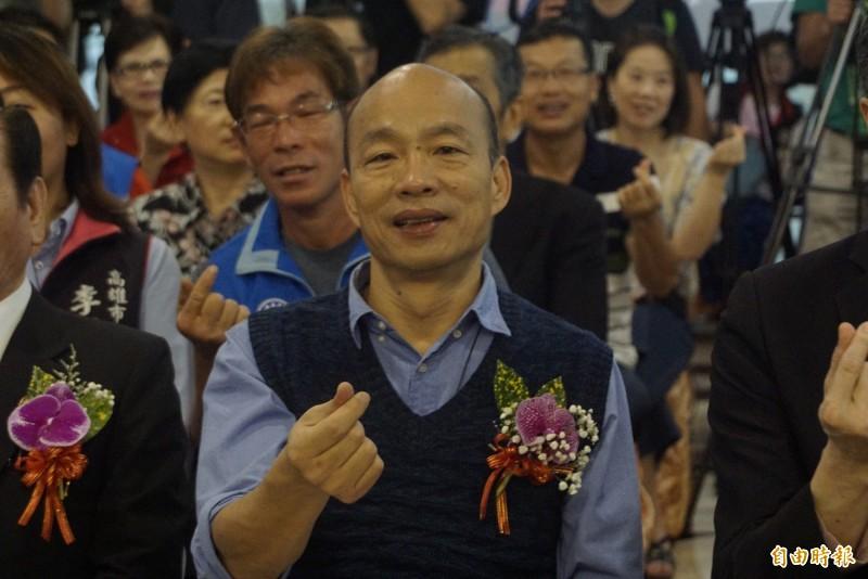 高雄市長韓國瑜今年首度前往行政院參加行政院會,被行政院長蘇貞昌狠狠洗臉,影片在網路瘋傳,韓國瑜對此相當不滿,反批「中央和地方攜手建設高雄的目的就偏掉了」。(記者黃佳琳攝)