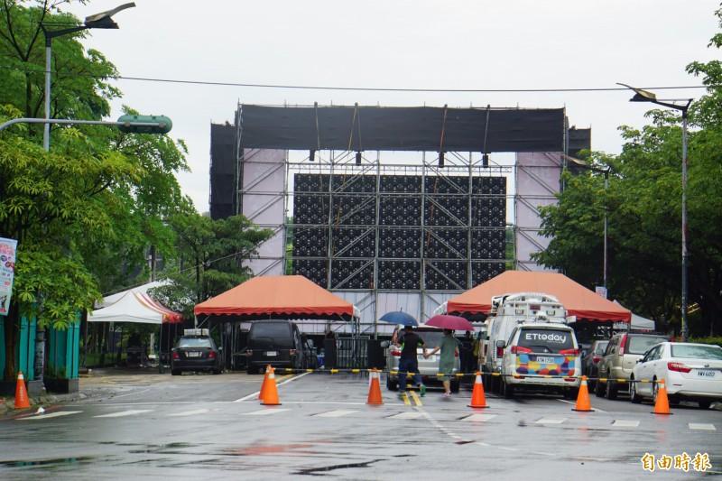 韓國瑜15日將於斗六市人文公園舉辦造勢活動,公明路封路四天惹民怨。(記者詹士弘攝)