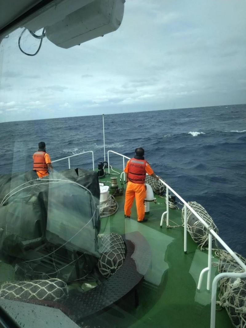 澎湖東吉海域2潛水客失蹤 海空展開搜救