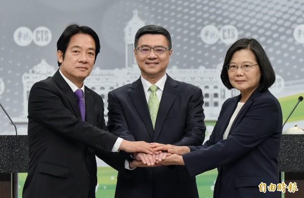 胡,怎麼說》蔡賴真刀對決,激發台灣正能量!