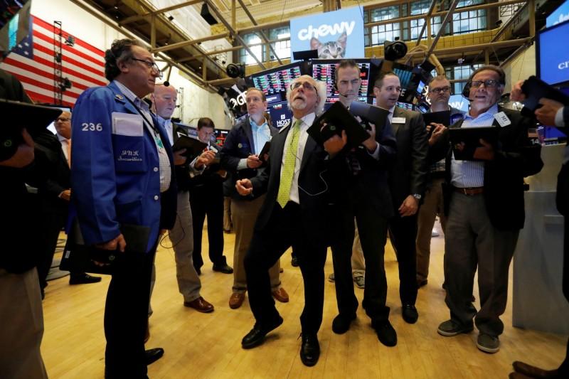 博通預警重創晶片股 費半重挫2.6%、台積電ADR暴跌4%