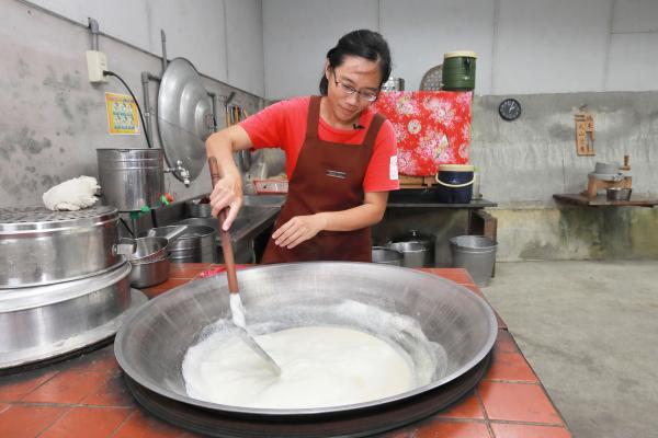 《科技與創新》富里羅山村泥火山豆腐 帶得走的在地豆香