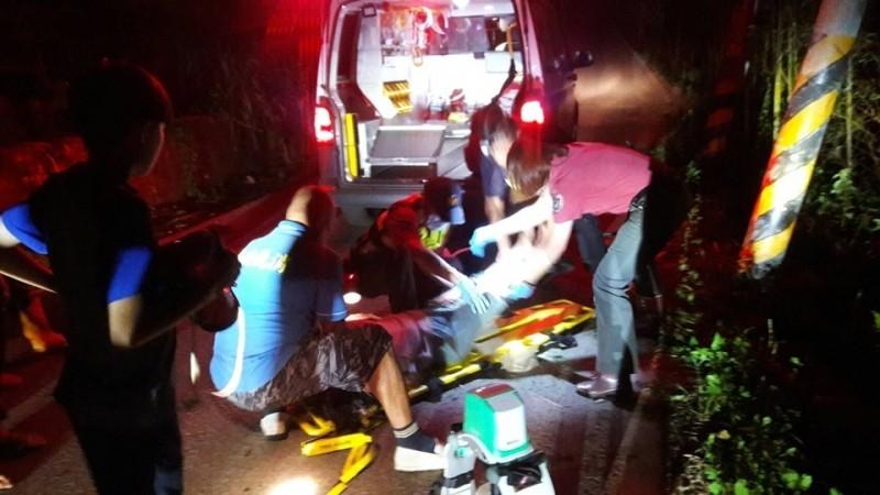 堂姊妹騎機車摔4公尺深斜坡 堂妹傷重不治