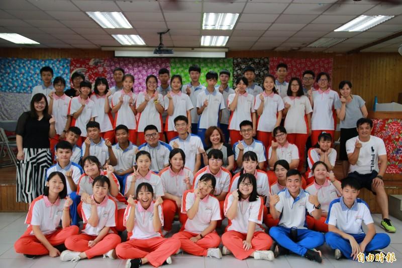 「再見即是相見」 三灣國中學生自創自唱畢業歌
