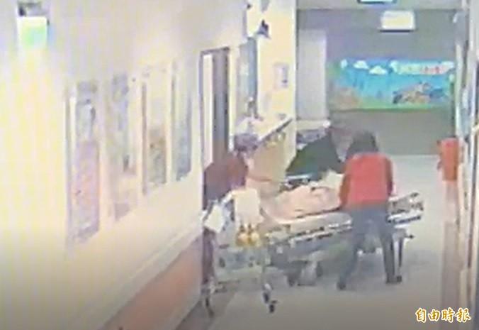 臨盆孕婦摔落地 家屬怒控病床護欄沒拉、院方稱已司法審理