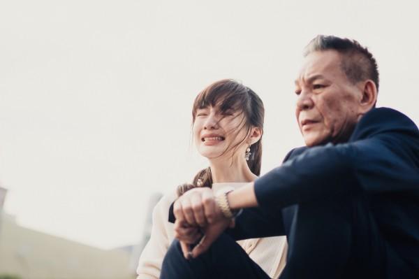 《忘川》奪國際影展最佳導演 遇女兒嗑藥龍劭華淚崩
