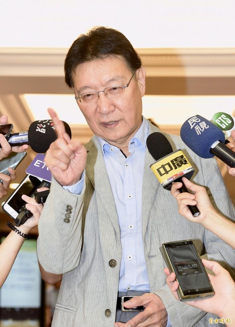 黨產會今舉行「中廣是否為社團法人中國國民黨之附隨組織」聽證會,中廣董事長趙少康出席會議。(記者羅沛德攝)