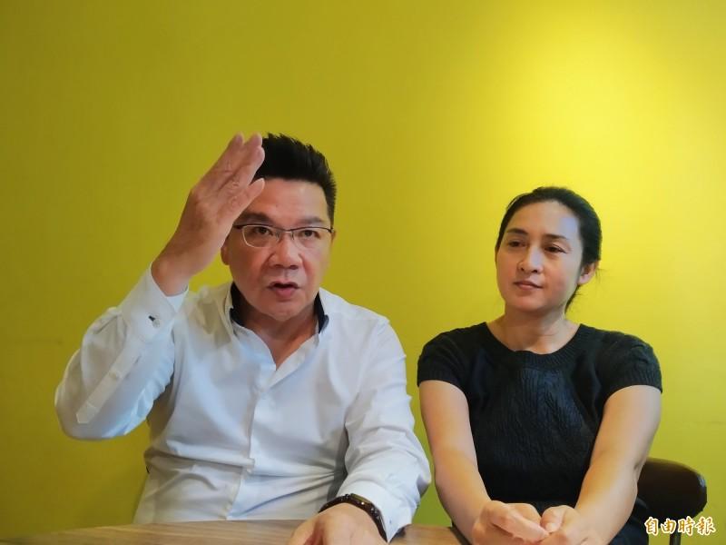 夏昭麗(右)與鄭東元(左)駁斥外界指控與抹黑。(記者洪定宏攝)