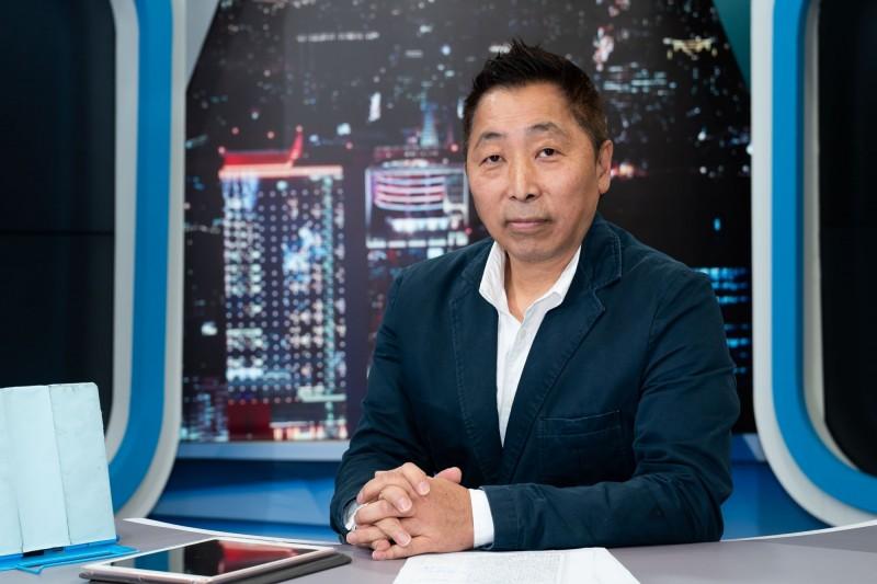 唐湘龍感嘆韓國瑜當初召喚多少北漂孩子回到高雄,而如今卻要離開高雄去選總統,根本就是「北漂老年」,圖為唐湘龍。(TVBS提供)