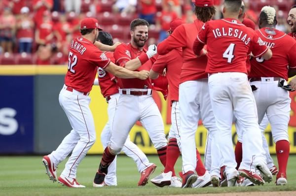 MLB》紅人9下逆轉勝 溫克再見安橫掃太空人(影音)