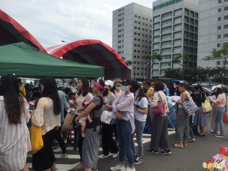 長榮空服罷工》空服員靜坐輪值表曝光 排到7月