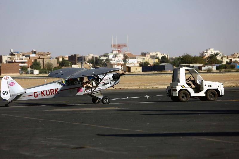 「Piper Super Cub」輕型飛機示意圖,與本新聞無關。(法新社)