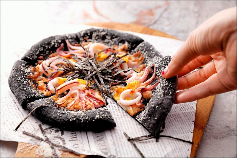 「明太子花枝墨魚披薩」吃得到起司餅皮與澎湖小管的雙倍Q彈。(圖片提供/SPIGA PASTA石壁家)