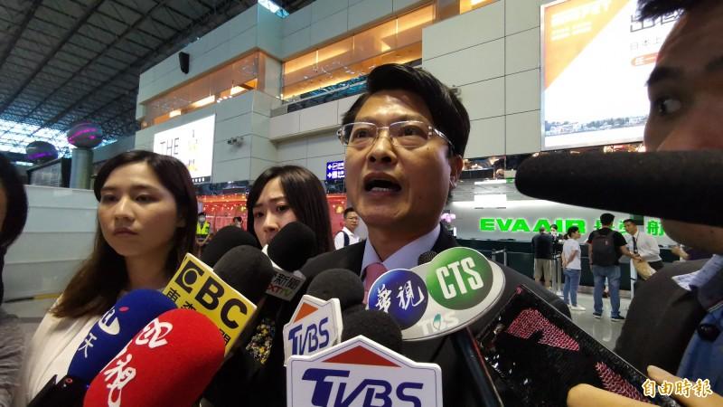 長榮航空而機場本部副總昨天呼籲,停止罷工才能讓一切回歸正常,再多的致歉也無法解決目前地勤和旅客的問題。(記者姚介修攝)