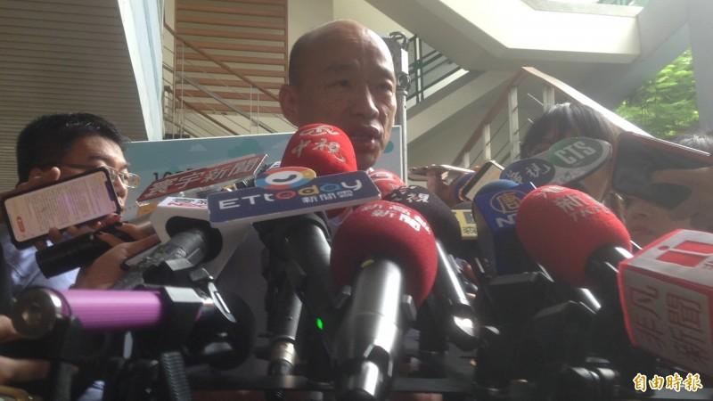 韓國瑜重砲抨擊反紅媒遊行。(記者黃旭磊攝)