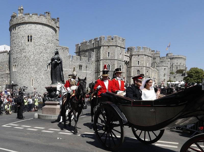 哈利王子與妻子梅根翻修新家,共花了240萬英鎊。(美聯社資料照)