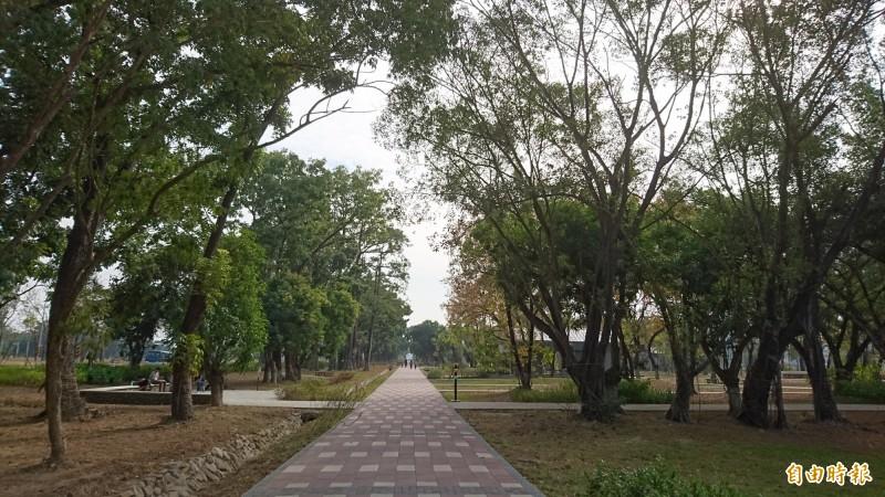 平實重劃區公園。(記者洪瑞琴攝)