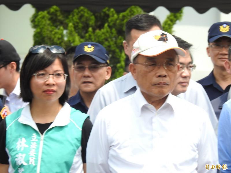 行政院長蘇貞昌今日上午視察國道公路警察局。(記者王宣晴攝)
